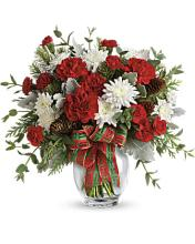 Teleflora\'s Holiday Shine Bouquet