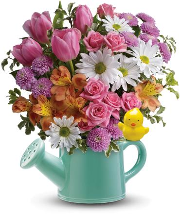 Teleflora\'s Send a Hug Tweet Tweet Bouquet