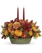 Teleflora\'s Country Oven Centerpiece