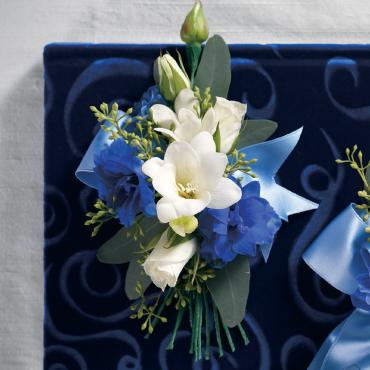 Blue & White Flower Corsage